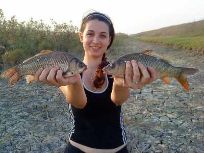 Брать или не брать женщину на рыбалку